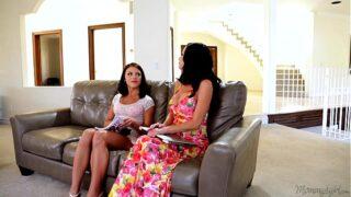 Mommy's Girl – Adriana Chechik, Veronica Avluv